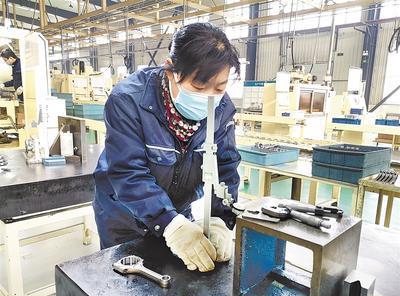承德市目前已有166家規上企業開工生産