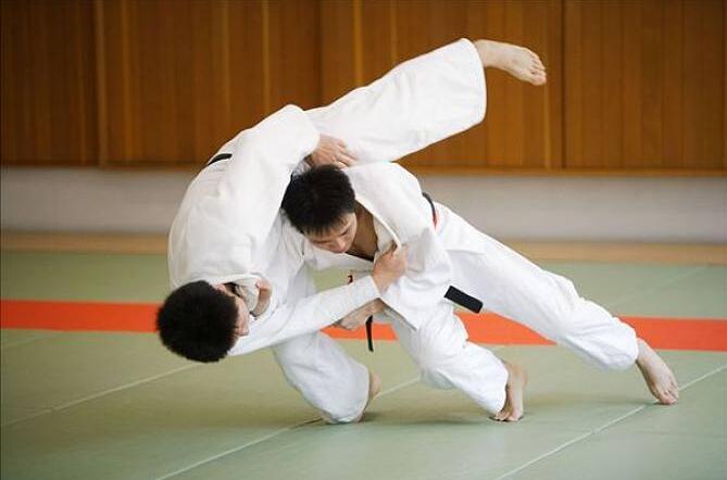 第17屆中國大學生柔道錦標賽遷安開賽